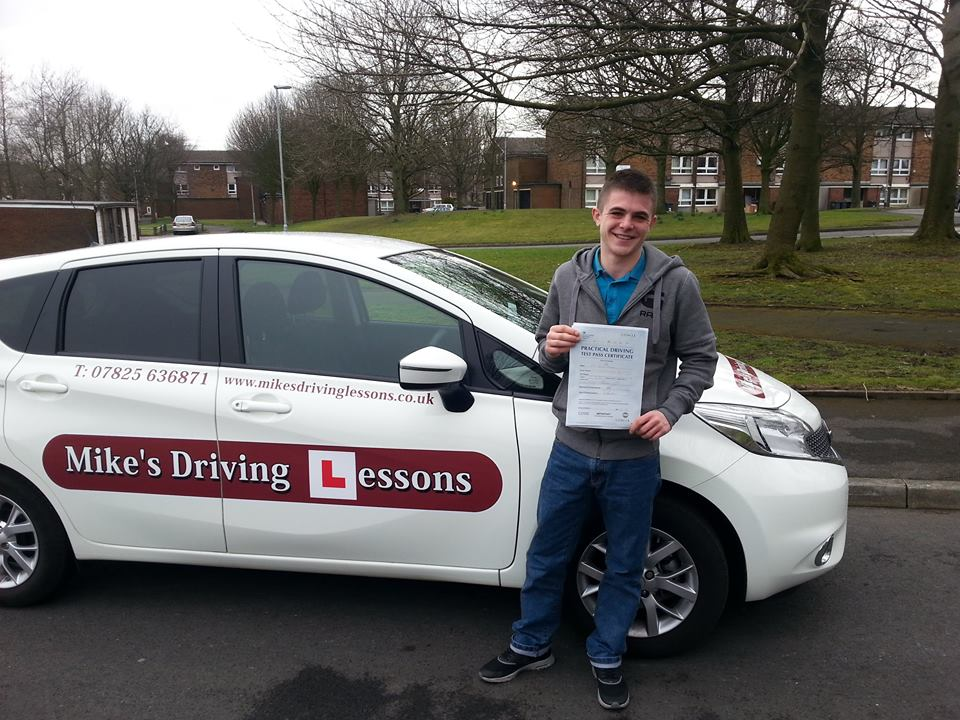 Liam passed with Mike's Driving Lessons